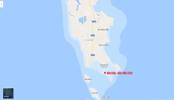 Đảo hòn Dăm ở phía nam của Phú Quốc. Tới đây bạn sẽ được trải nghiệm cuộc sống không có Internet, điện chạy năng lượng mặt trời.