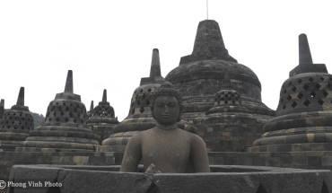 hon-50-tuong-khong-dau-o-den-phat-giao-lon-nhat-the-gioi-ivivu-9