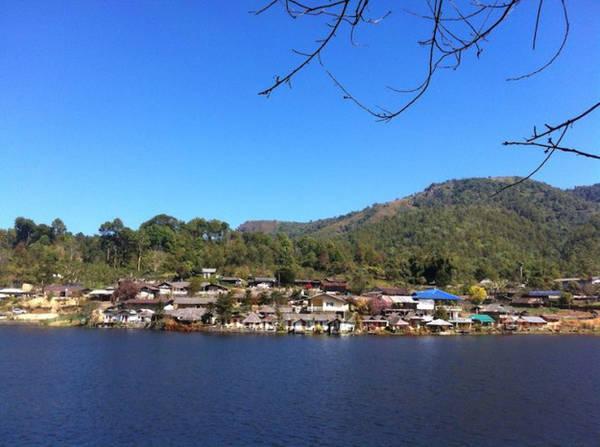 Một góc hồ Pang Oung - Ảnh: Trùng Dương