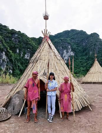 Ngôi làng của thổ dân và con tàu trong phim King Kong được phục dựng nhằm phục vụ du khách tham quan.