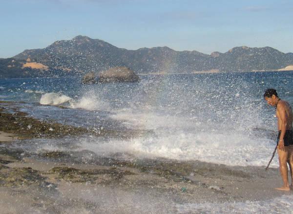 Cầu vồng bên bờ biển