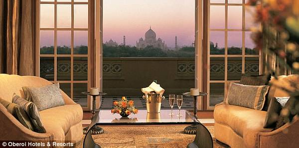 Khách sạn Oberoi Amarvilas Agra