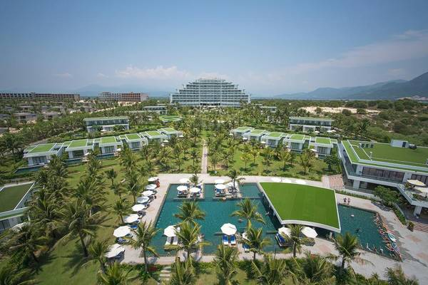 Riviera-Beach-Resort-Spa-ivivu-1