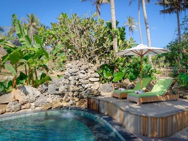 Khu nghỉ dưỡng có 27 villa, đều có bể bơi riêng.