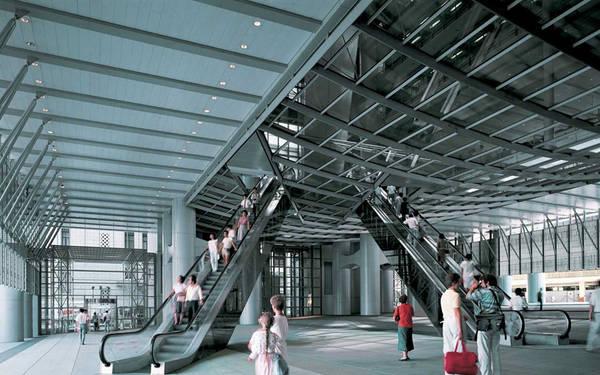 Khi trụ sở của HSBC được xây dựng vào giữa thập niên 1980, thang cuốn được chuyển từ vị trí thẳng hàng với lối vào sang một bên để tránh luồng khí xấu từ cảng Victoria chạy vào văn phòng. Ảnh: Foster + Partners.