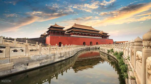Sông Kim Thủy trong Tử Cấm Thành. Ảnh: Klook.