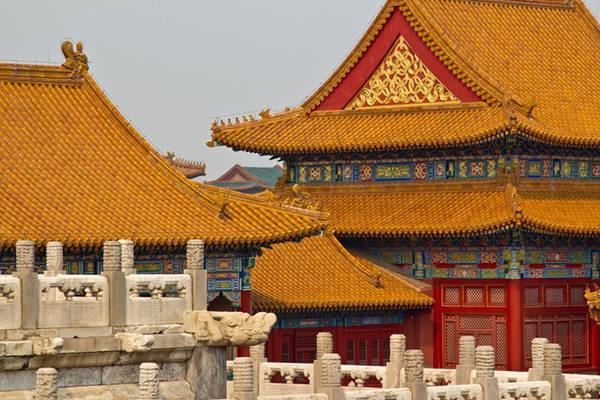 Ngói màu vàng nổi bật của các cung điện trong Tử Cấm Thành. Ảnh: Tripsavyy.