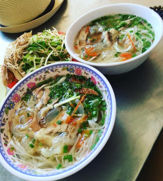 Món bún cá sứa, đặc sản của Nha Trang. Ảnh: @thuymiulutia