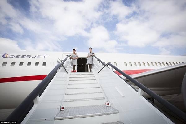Bạn có thể làm rất nhiều điều với với 74.000 USD trong tay, như mua một chiếc ôtô địa hình hạng sang, dành một buổi để dùng bữa nói chuyện với những tỷ phú trên thế giới, cho con du học một năm tại một trường đại học danh giá ở Mỹ... Nhưng ít ai nghĩ đến viễn cảnh họ sẽ bỏ chừng ấy tiền, để đặt một giờ bay trên chiếc chuyên cơ Boeing 787 Dreamliner đầu tiên trên thế giới được thiết kế để bay charter.