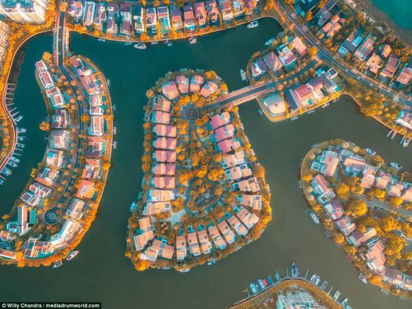 Khu phức hợp căn hộ cao cấp với tầng thượng rộng rãi, cho phép cư dân quan sát toàn cảnh thành phố