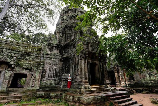 Một góc đền với kiến trúc còn khá nguyên vẹn trong Ta Prohm.