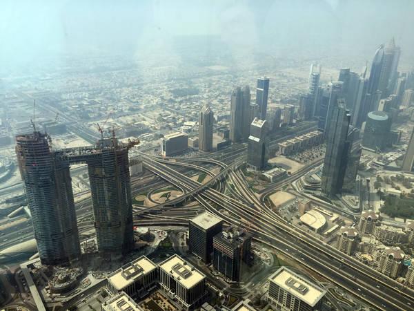 Dubai không chỉ là thành phố du lịch, thương mại nổi tiếng thế giới mà còn có kiến trúc độc đáo, đẹp mắt, kết hợp hài hòa giữa phương Đông và phương Tây. Nguyễn Thị Phương Thúy (sinh năm 1995) đã may mắn được tận mắt chứng kiến và trải qua nhiều cung bậc cảm xúc trong chuyến du lịch 5 ngày 4 đêm tại Dubai.