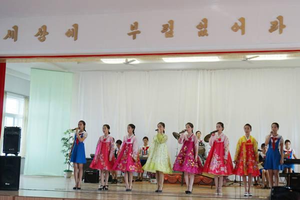 chuyen-di-trieu-tien-thot-tim-cua-chang-trai-tung-vi-vu-30-quoc-gia-ivivu-3