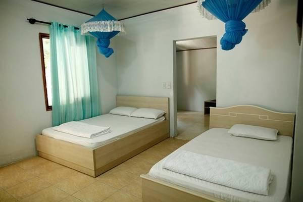 Giá tiền của các phòng phụ thuộc vào nội thất, tiện nghi, có hoặc không tủ lạnh, máy lạnh, tivi... tùy vào nhu cầu của khách nghỉ.