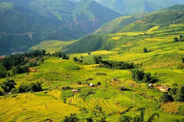 Đường từ bản Xèo rẽ sang bản Vược, huyện Bát Xát, tỉnh Lào Cai được phượt thủ Tuấn Anh cập nhật cuối tháng 8.