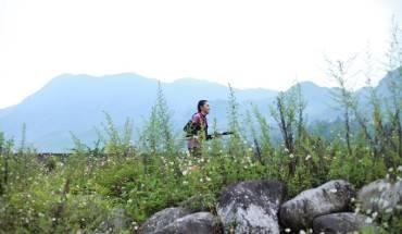 nhung-canh-dep-lam-xieu-long-lu-khach-tren-duong-dua-marathon-tai-sa-pa-ivivu-12