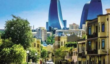 ve-dep-pha-tron-dong-tay-o-azerbaijan-ivivu-1