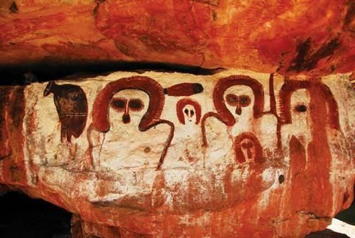 Những hình vẽ Wandjina linh thiêng của thổ dân
