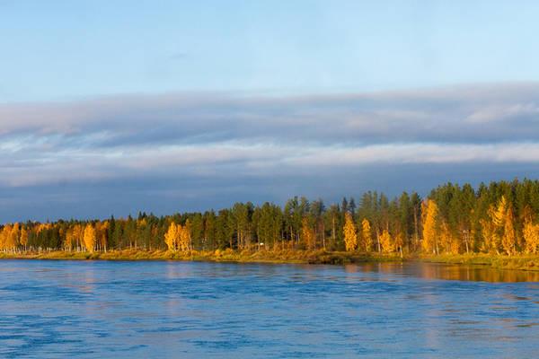 Trong khi đa số người Phần Lan trở lại làm việc sau kỳ nghỉ, nhớ nhung mùa hè đã qua và lên kế hoạch mới cho mùa đông, nhiều du khách tới từ các nước Âu, Á tìm tới đây, để tận hưởng không gian tĩnh lặng, hít thở bầu không khí trong lành và ngắm nhìn bức tranh đầy màu sắc của mùa thu.