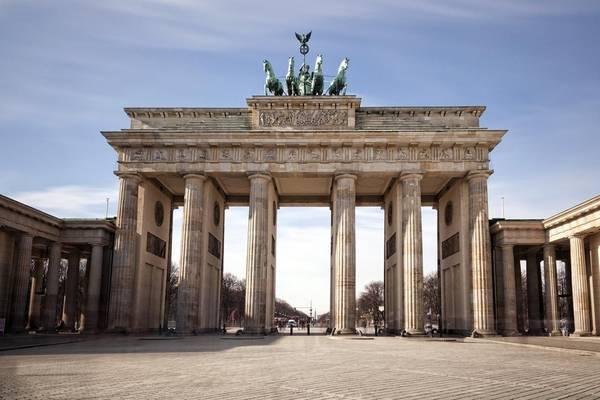 Cổng Brandenburg, Đức. Ảnh: Tqn
