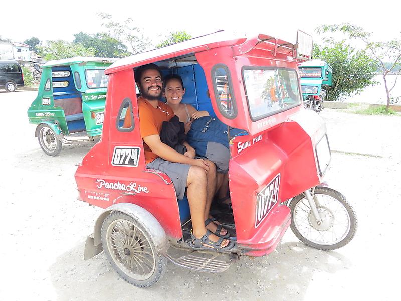 Phương tiện tricycle ở Bohol. Ảnh: ourfirstworldtrip
