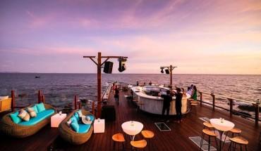 Rock-Island-Club-nam-nghi-ivivu-10