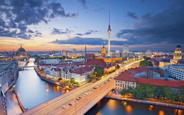 Thủ đô của nước Đức trở thành một thành phố hoàn toàn khác trong mùa đông.