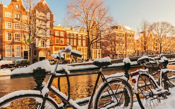 Amsterdam khá lạnh vào mùa đông