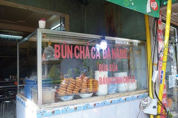 Quán bún chả cá vị Đà Nẵng ở Sài Gòn