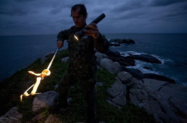 Chỉ có Hải quân Brazil, các nhà nghiên cứu hay làm phim được phép tới đây để bảo trì ngọn hải đăng và tìm hiểu về hệ sinh thái độc đáo. Ảnh: ZME Science.