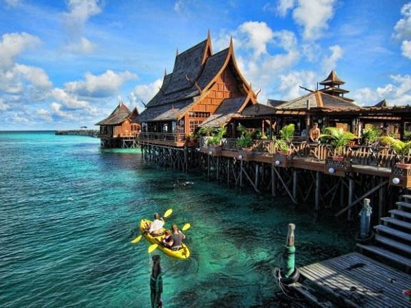 Mabul sở hữu thiên đường sinh vật biển phong phú hàng đầu thế giới.