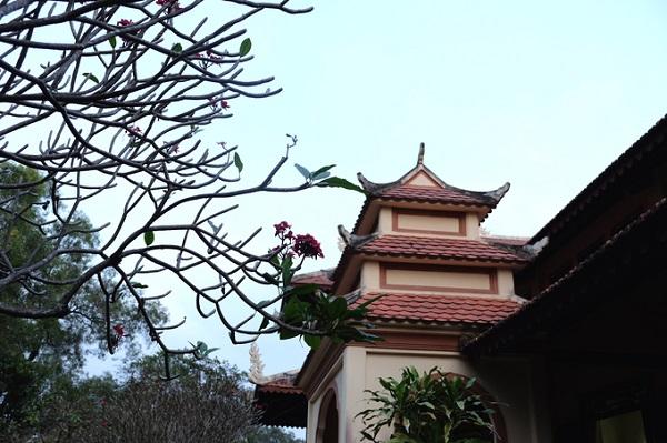Là thành viên trong Công viên Lịch sử văn hóa dân tộc, chùa không chỉ mang tính tôn giáo, chùa còn như một công trình nghệ thuật để người dân đến chiêm bái và tham quan.
