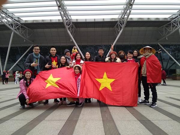 Nhiều cổ động viên của Việt Nam đã có mặt tại Trung Quốc để ủng hộ đội tuyển U23.
