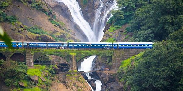 Tàu hỏa xuyên Việt vào top 10 tuyến tàu đẹp nhất châu Á 2018 6