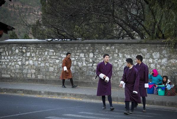 Trên đường phố Thimphu