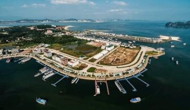 2nd-tai-khach-san-paradise-suites-trend-ha-long-xe-dua-don-chi-979-000-dong-khach-ivivu-3