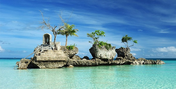 Willys Rock - Đảo Boracay- Ảnh: swingaround.com