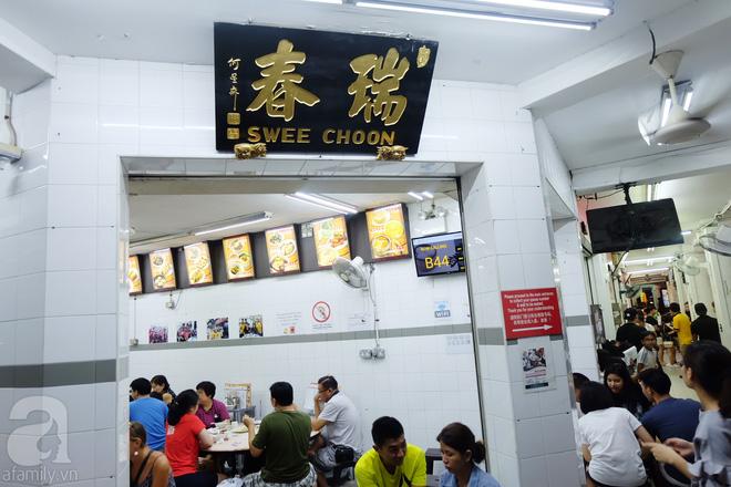 Swee Choon Tim Sum có cả chỗ ngồi trong nhà kín và bên ngoài cho khách. (Ảnh BB)