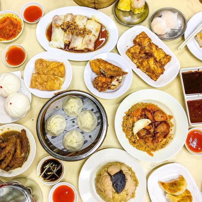 kham-pha-hai-quan-dimsum-chua-bao-gio-vang-khach-den-singapore-nhat-dinh-nen-thu-ivivu-6