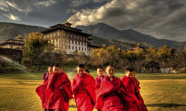 Ở Bhutan, hạnh phúc là thước đo cuộc sống - Ảnh: bhutancanada