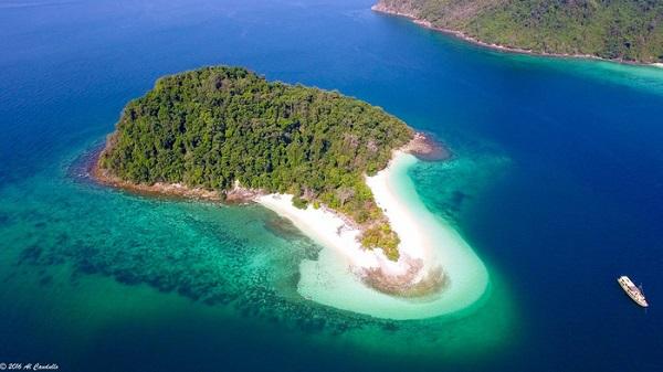 Vẻ đẹp lộng lẫy của đảo Safari trong quần đảo Mergui, Myanmar. Nguồn ảnh: Island Safari Mergui
