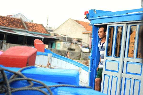Dù sóng cùng các cơn bão nhưng niềm tin vào một cuộc sống ấm no, hạnh phúc luôn chất chứa trong mỗi người dân xã đảo Bích Đầm - Ảnh: Bông Mai