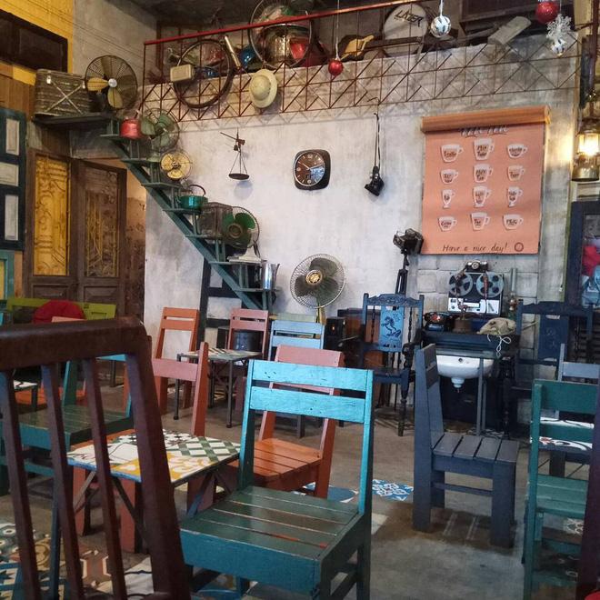 3-quan-cafe-phong-cach-hoai-co-o-da-nang-de-ban-tan-huong-khong-khi-thoi-ong-ba-anh-ivivu-12