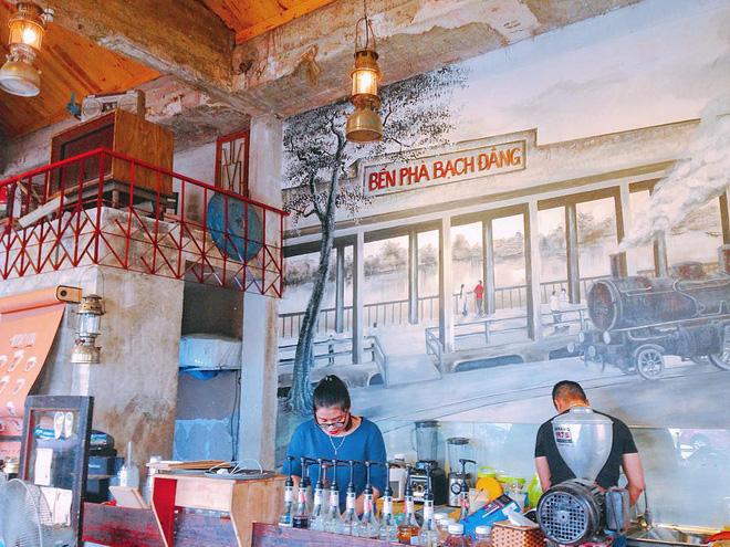 3-quan-cafe-phong-cach-hoai-co-o-da-nang-de-ban-tan-huong-khong-khi-thoi-ong-ba-anh-ivivu-14