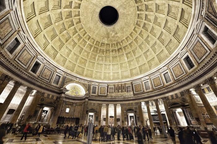 Đền Pantheon ở Rome - Ảnh: Dương Quán Hạ