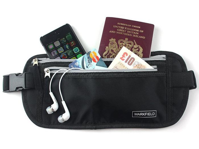 Túi đựng tiền, hộ chiếu, thẻ tín dụng có thể đeo trong người - Ảnh: Amazon
