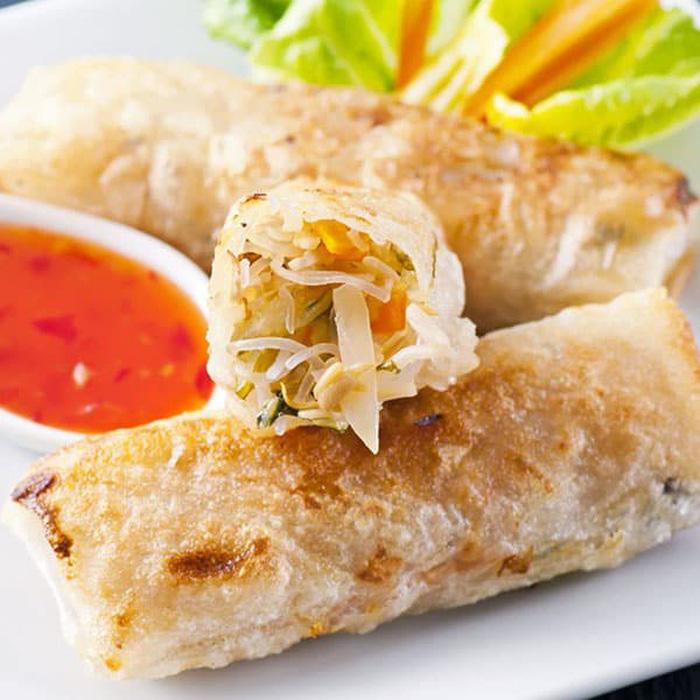 Món chả giò hải sản - Gerai Gerai Padang Brown - Ảnh: engage.exciteholidays.com