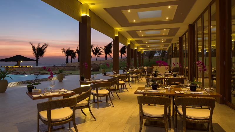 Fusion Resort Cam Ranh-ivivu-6