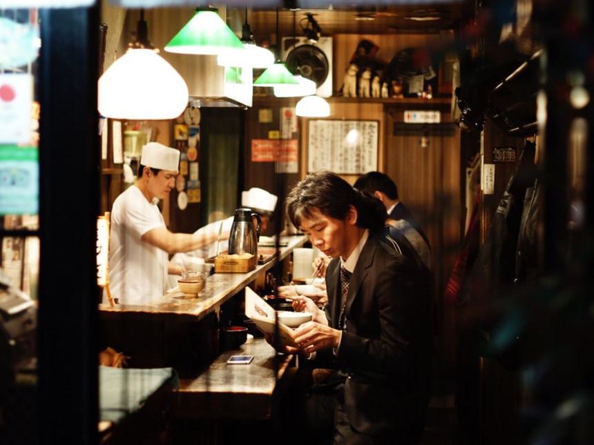Nhật Bản: Tại Nhật Bản không có văn hóa tip và việc để lại tiền tip bị coi là một hành động thô lỗ. Ảnh: Alva Pratt/Unsplash.