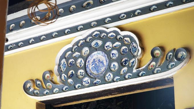Tính đến nay, chùa đã trải qua 3 đợt trùng tu. Thiền sư Tổ Tông - Viên Quang cho xây lại chùa lần thứ nhất vào năm 1798 –1804. Đến năm 1906 – 1909, Hoà thượng Hồng Hưng với sự giúp sức của Hoà thượng Như Phòng, đã cho tôn tạo lại ngôi chùa lần thứ hai. Đầu năm 1999, chùa hoàn thành đợt trùng tu lần thứ ba. Các lần trùng tu đều được ghi chép trong đôi liễn mừng lạc thành, nay còn treo trong chánh điện.